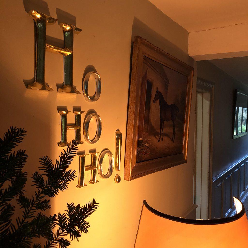 HO HO HO! Gold letters for Christmas