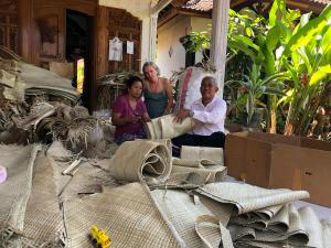 The Expert Pandanus Weavers